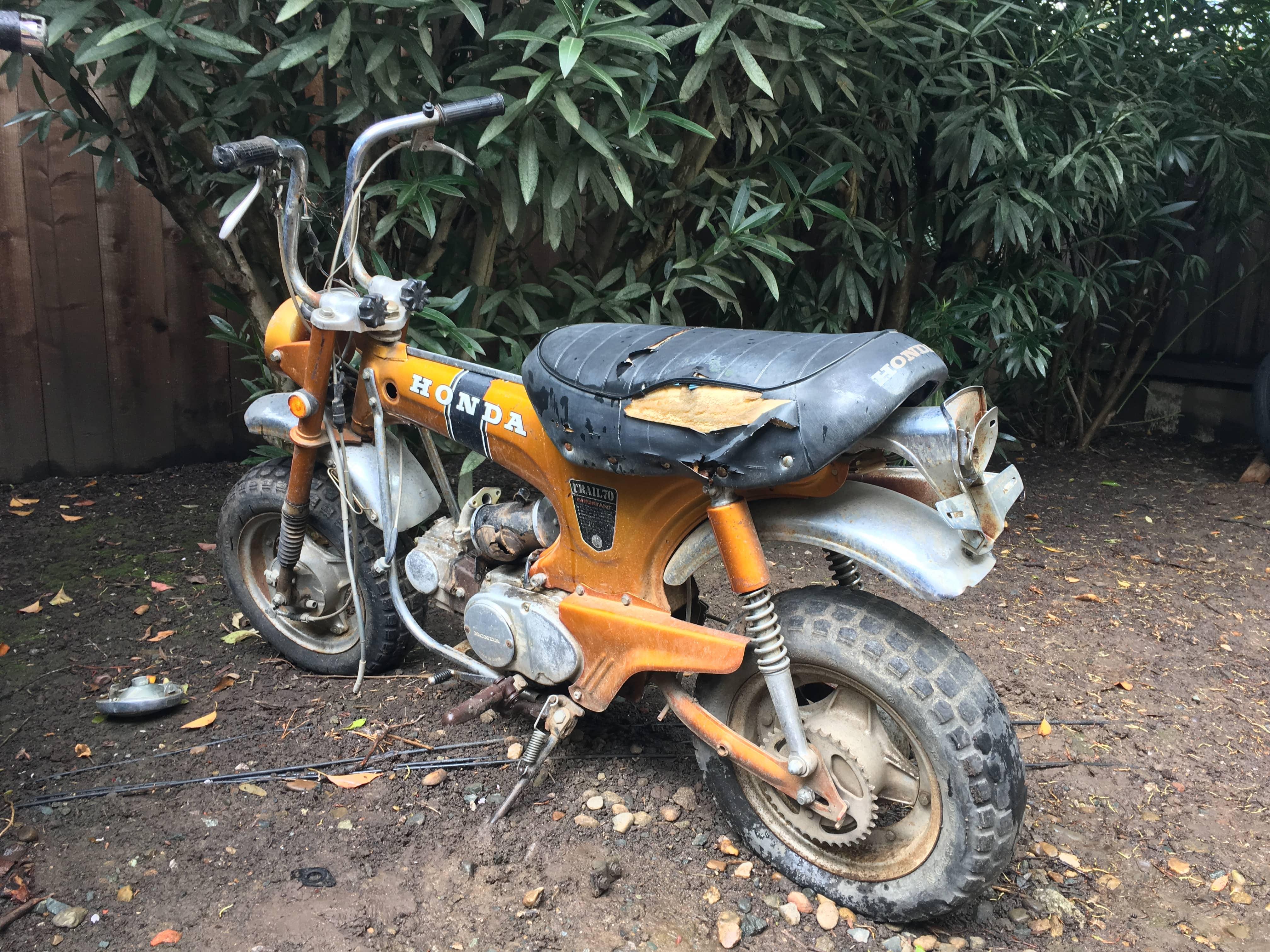 1970 Ct70 Gold Honda Fuel Tank Img 1726 Min